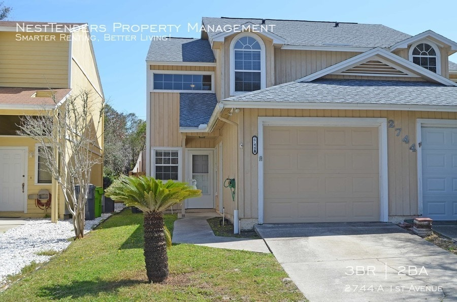 Front view of 2744-A 1st Ave in Fernandina
