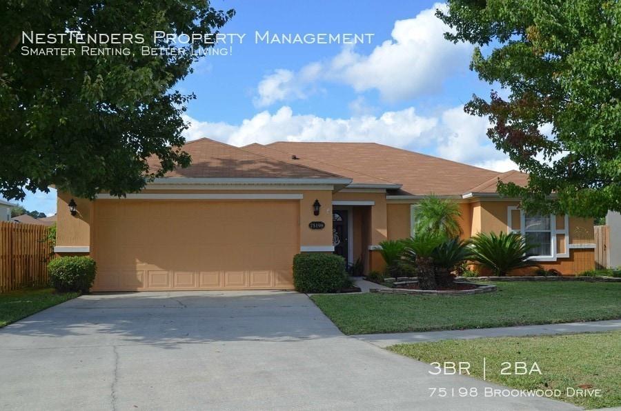 Street view of 75198 Brookwood Drive in Yulee, Florida